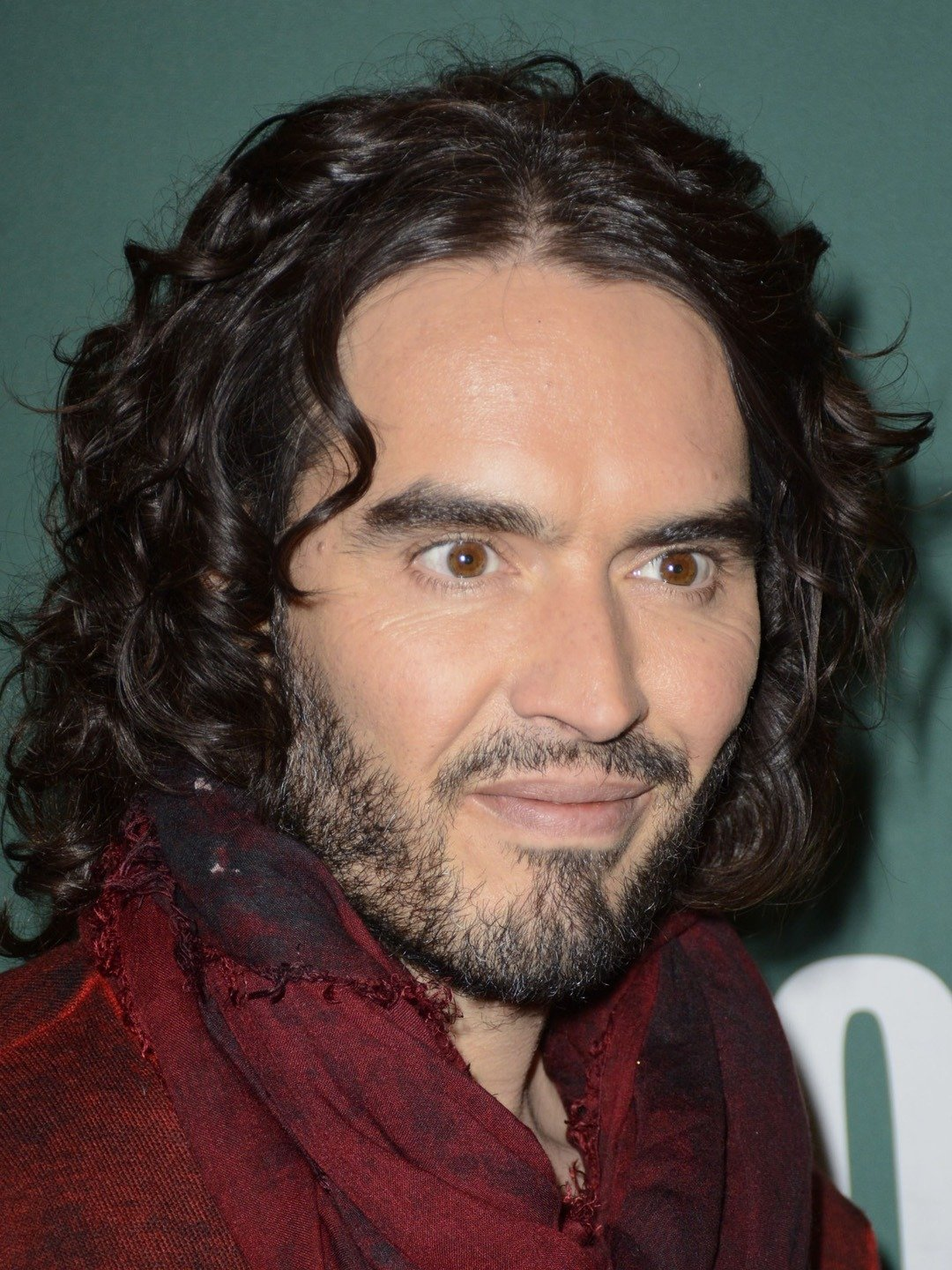portrait of Russell Brand