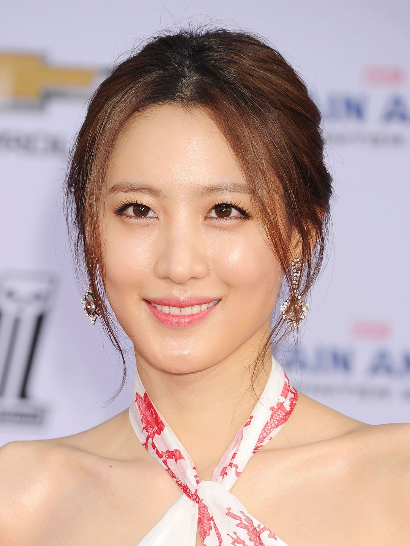 portrait of Claudia Kim